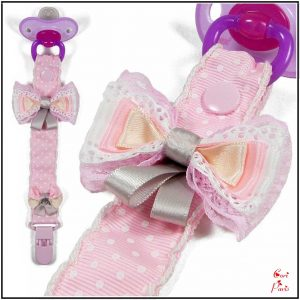 Baby shower gift for a baby girl, pacifier clip with pink bows