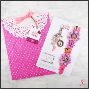 Baby shower gift girl - a new mom gift with two matching items (pink model)