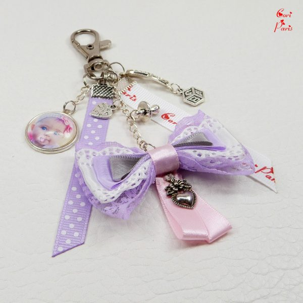 CORI PARIS - Custom keychain with photo, a unique personalized keyring for your handbag.