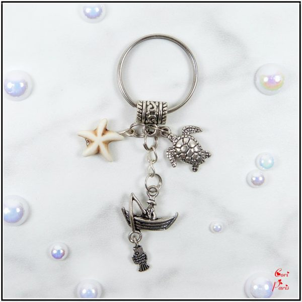 Cute keychain for him – unique keychain with a starfish, fisherman and turtle charms