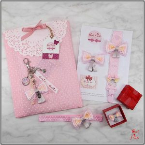 Gifts for mom to be, gift set for baby shower from Cori Paris