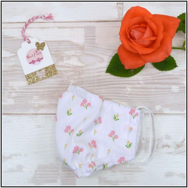 Reusable face mask with filter for women and kids, washable and breathable.